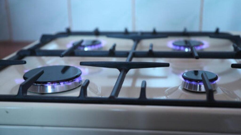рейтинг газовых плит с электрической духовкой